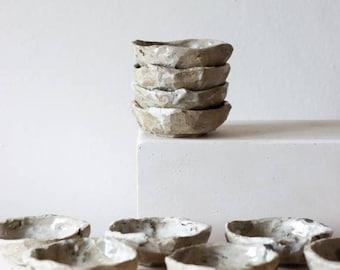Ceramic ring dish. Kurinuki Japanese technique. Mixed clay and porcelain. Trinket dish, sauce dish, snack bowl, olive bowl