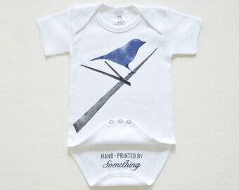 Lichaam van de baby van de vogel