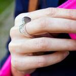 Flat heart ring