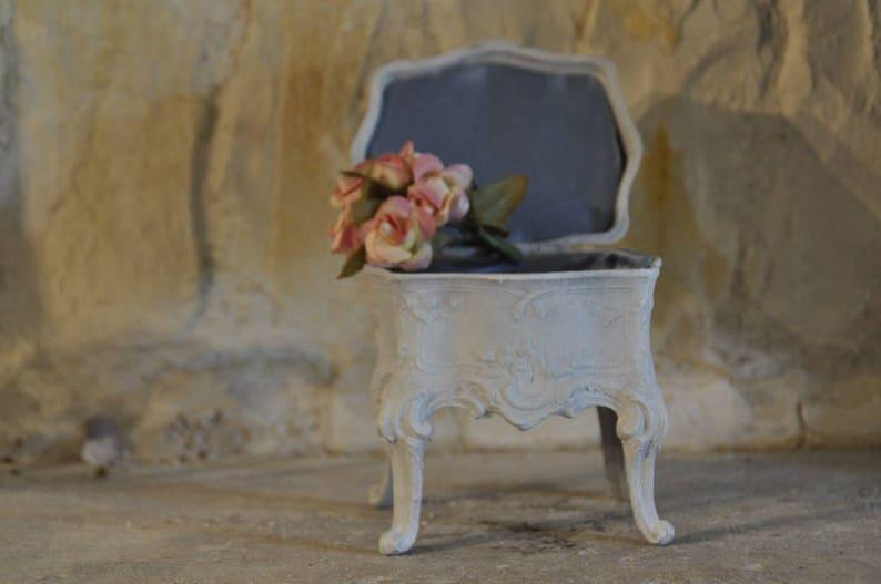 Small Rococo style jewelry box