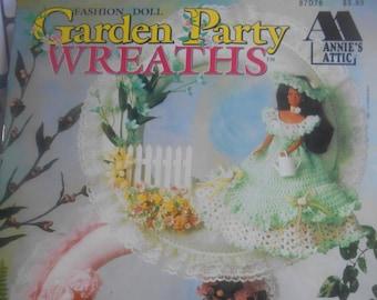 Garden Party Wreaths, Annie's Attic, Pattern Leaflet #87D76, 1994