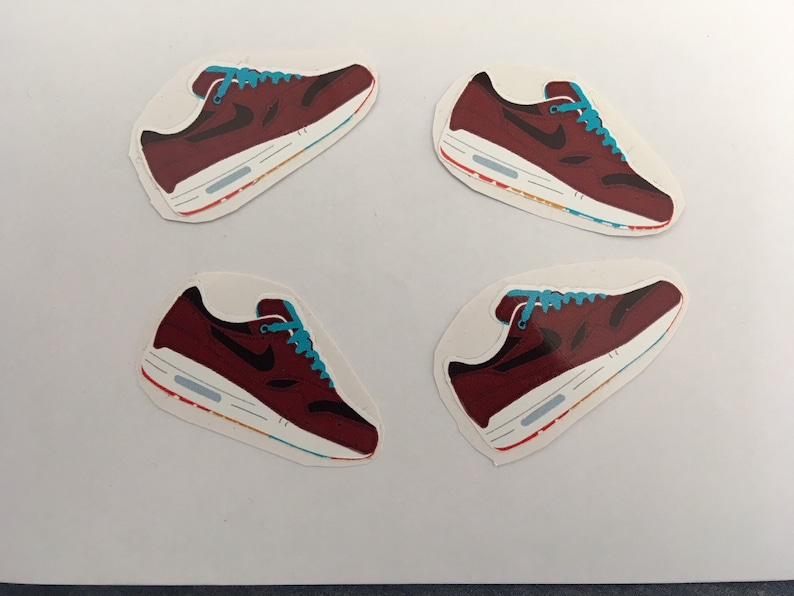 "Set of 4 Nike Air Max 1 ""Patta x Parra Cherrywood</p>                     </div> 		  <!--bof Product URL --> 										<!--eof Product URL --> 					<!--bof Quantity Discounts table --> 											<!--eof Quantity Discounts table --> 				</div> 				                       			</dd> 						<dt class="