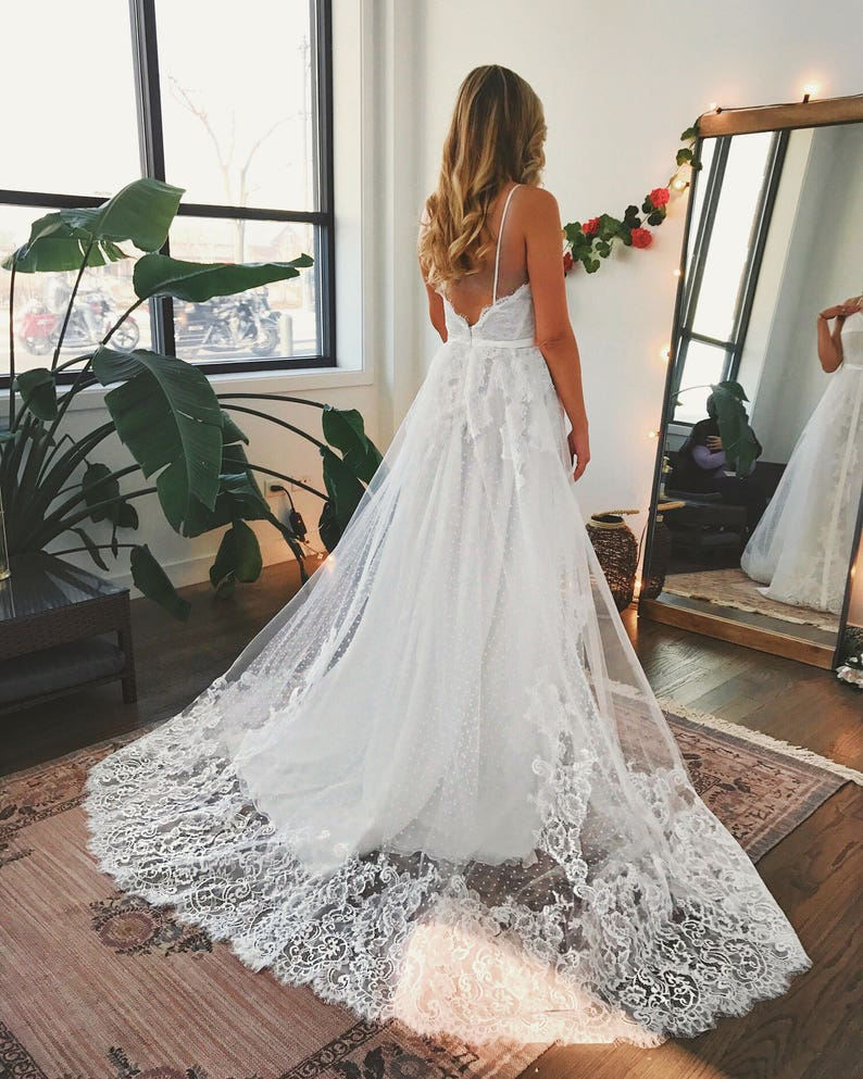 8b55c76acd291 Gillian / Lace Bohemian Wedding Dress / Cotton Lace with OPEN | Etsy