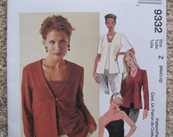 5346de8d206 UNCUT Misses Cardigan and Tube Top - Size Med and Lrg - McCalls Pattern 9332