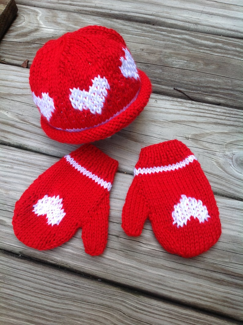 knitted toddler mittens Children beanie and mittens set knitted mittens in red with white hearts valentine/'day child set