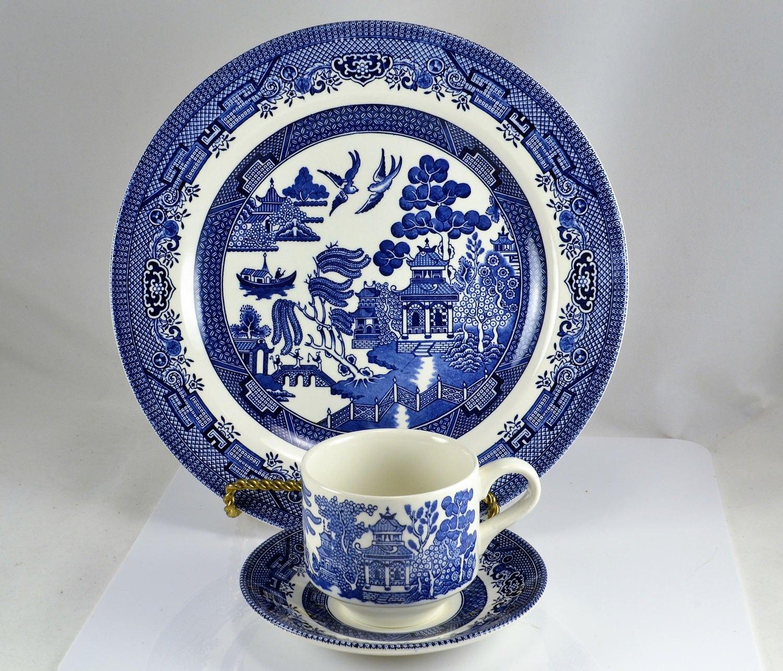 Blue Willow China Churchill England In Original Box 3