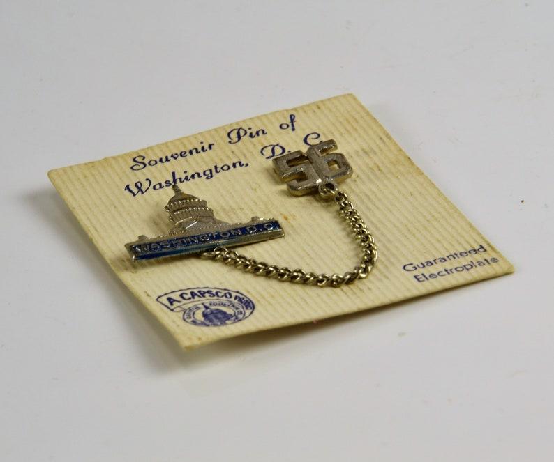 White House Capital Building Tourist Pin w Chain 1956 Pin Washington D.C Souvenir