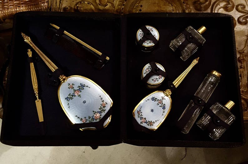 Vanity Set Deco Enameled 9-piece Vanity Set in Leather Case image 0