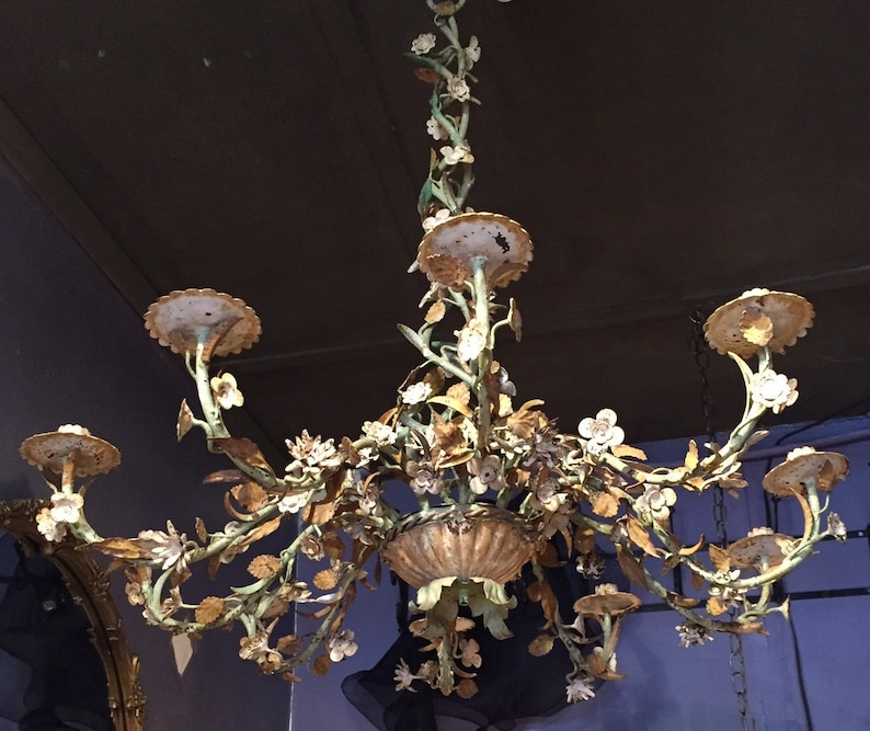 French Chandelier image 0