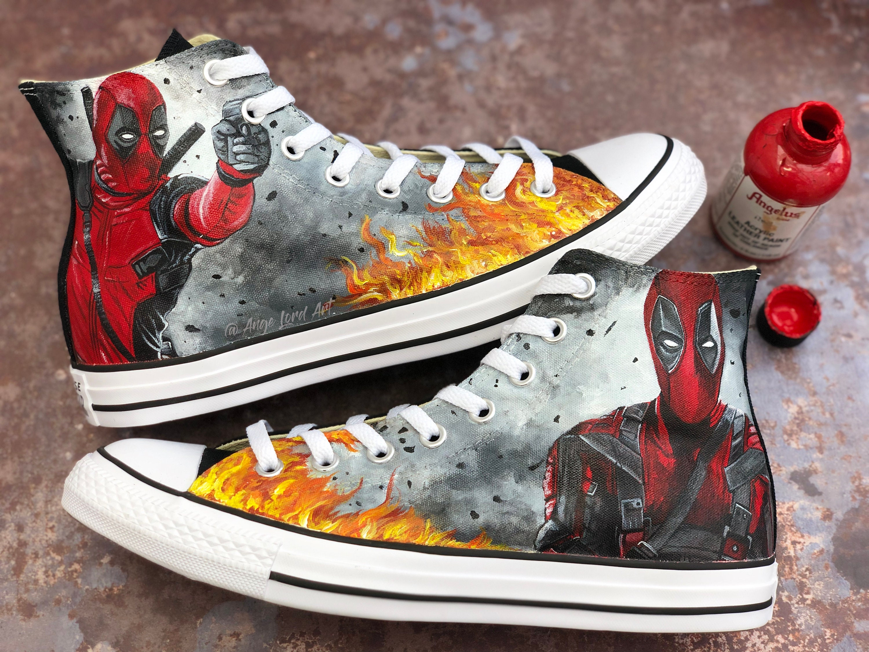 Custom Airbrushed Shoes (Vans): Deadpool