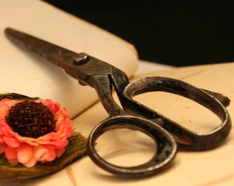 Vintage scissors, Sewing scissors, Antique scissors, Tailor scissors, Vintage iron scissors, Sewing Shears, Vintage Shears, Old Scissors