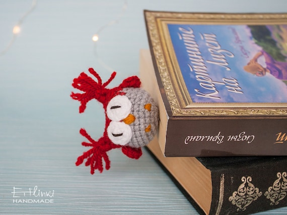 Handmade bookmark with a stuffed owl, Cute Christmas gift for book lovers