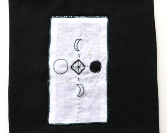Moon Oracle Mat