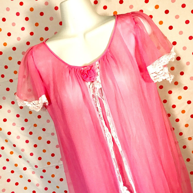 PINK Vintage Chiffon Nightgown or Robe 1960s Vintage Lingerie by Pacita/'s Large Medium Babydoll