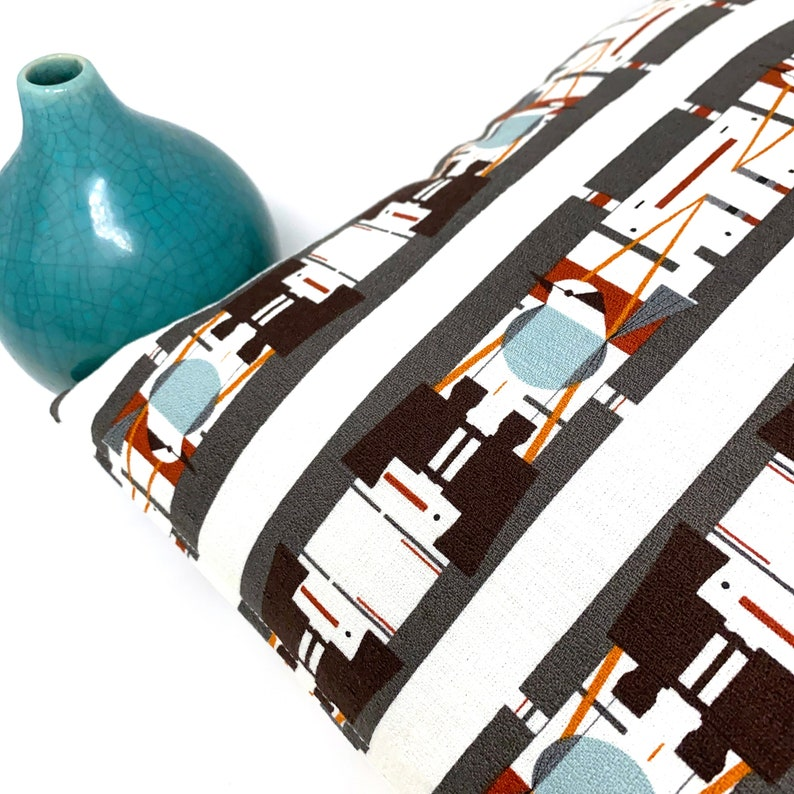 Organic Throw Pillow Cover in Charley Harper Barkcloth Who/'s Watching Whom