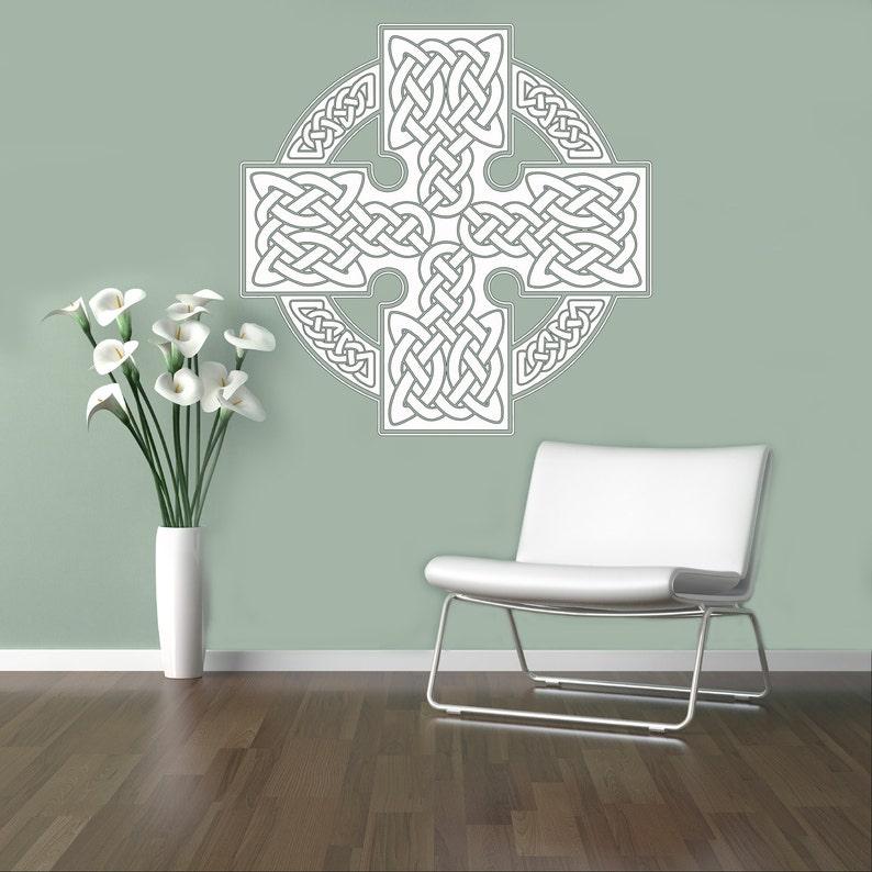 clp Celtic Cross Wall Vinyl Decal Celtic Ornament Wall Sticker Home Interior Bedroom Decor Wall Scandinavian Design 25