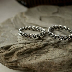 Bohostyle Engagement bands Nordic rings Rustic copper black Hammered textured ornament Pagan promise ceremony Viking wedding rings set
