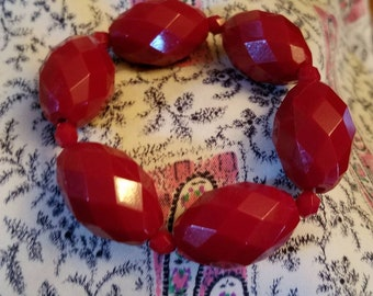 Vintage Crimson Red Bracelet / Mousie Mae