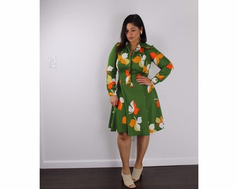 eab05f080a5 1970s Sears Fashion Floral Long Sleeve Button Up Collared Dress