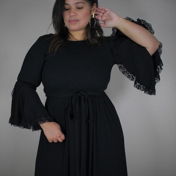 70s Bell Sleeve Maxi Dress