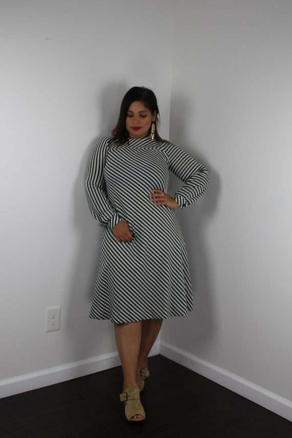 70s Mod A-Line Stripe Dress Long Sleeve Green Stri
