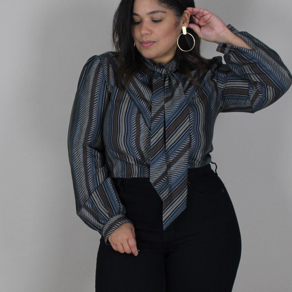 80s Jerrie Lurie Pussy Bow Button Up Blouse