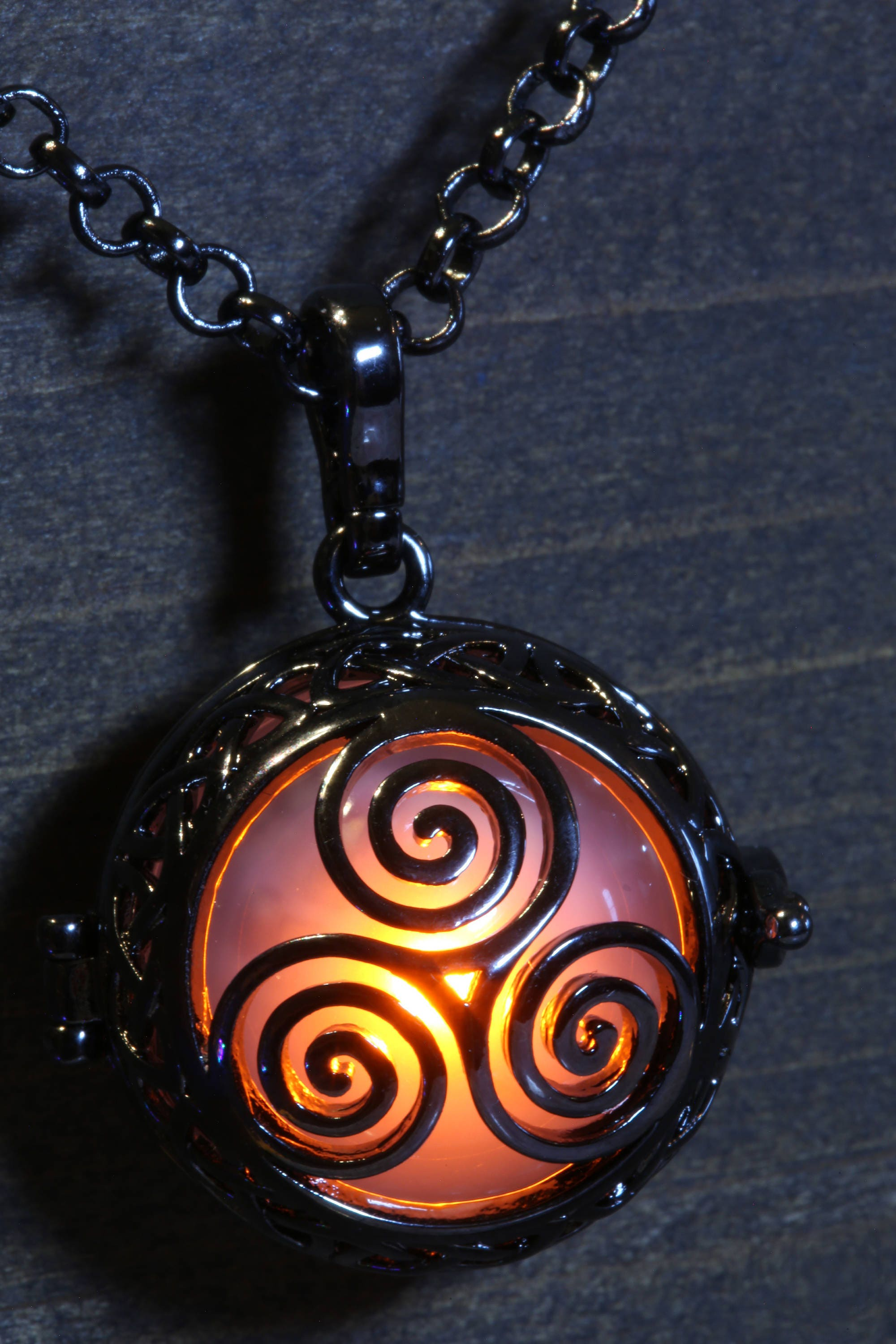 fullxfull triskele zoom with on chain silver listing pendant pewter free celtic ca il lead