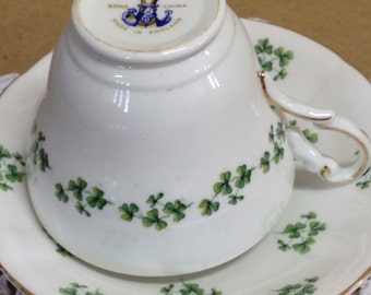 Vintage Regency Bone China Shamrocks Tea Cup and Saucer made in England