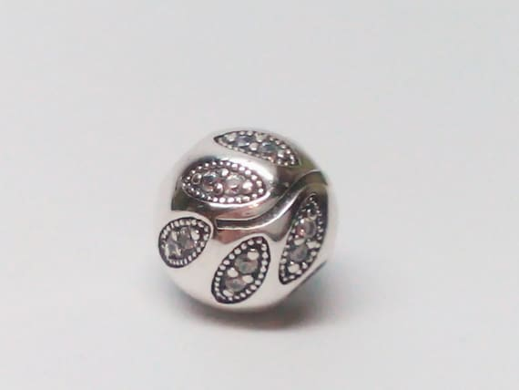 e876e261d New Authentic Pandora Sterling Silver 925 ale Sparkling Leaves | Etsy