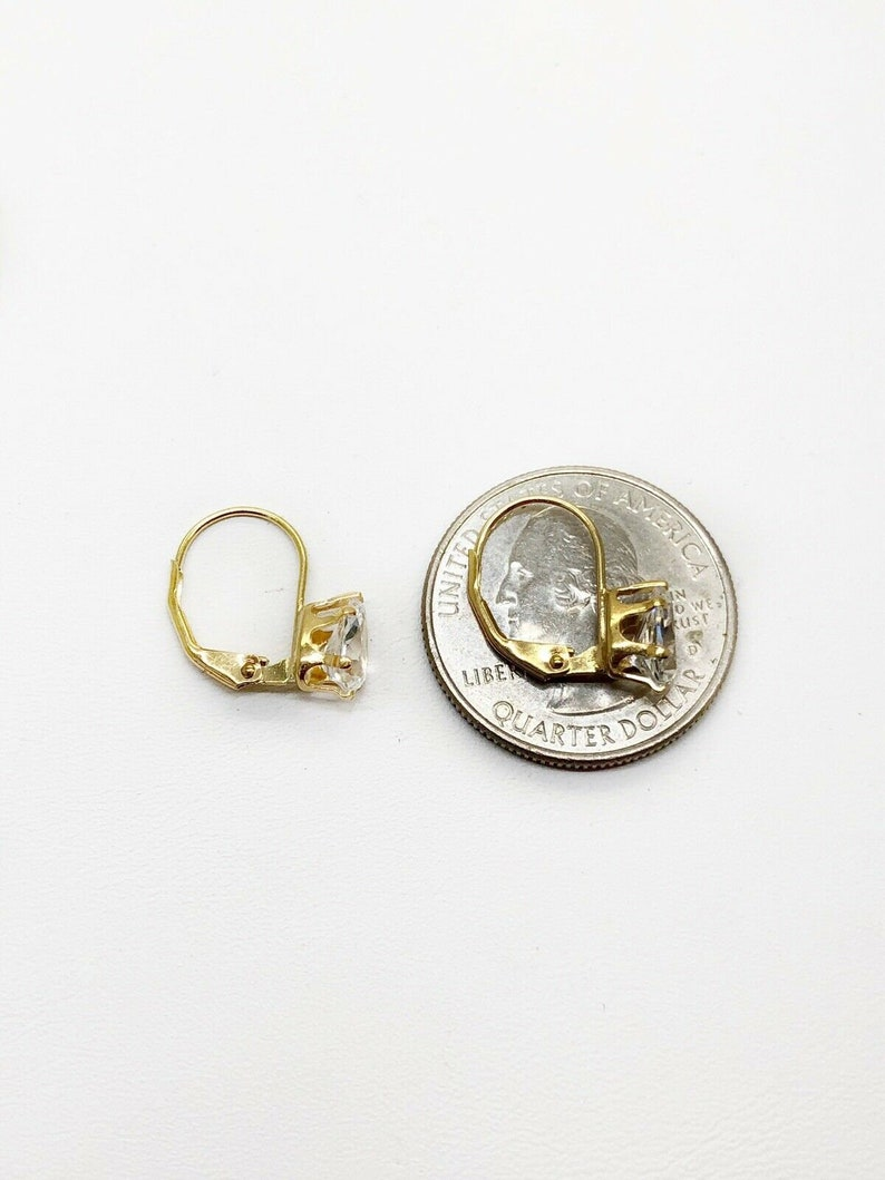 14K Yellow Gold Brilliant Pear Cut Cubic Zirconia Lever Back Women/'s Earrings