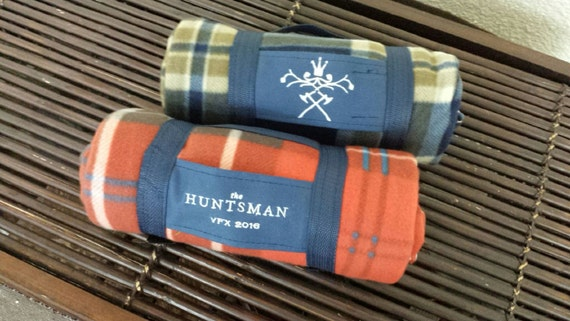 Roll Up Travel Blanket personalizzabile con ricamo