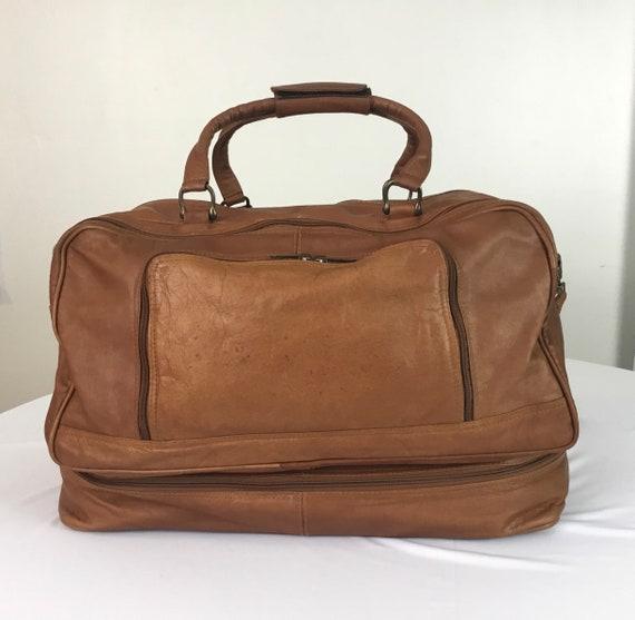Boulder Ridge leather duffel bag