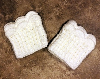 Knitted Boot Cuffs - Stretchy - Scalloped - Cream - Faux Leg Warmers - Boot Toppers
