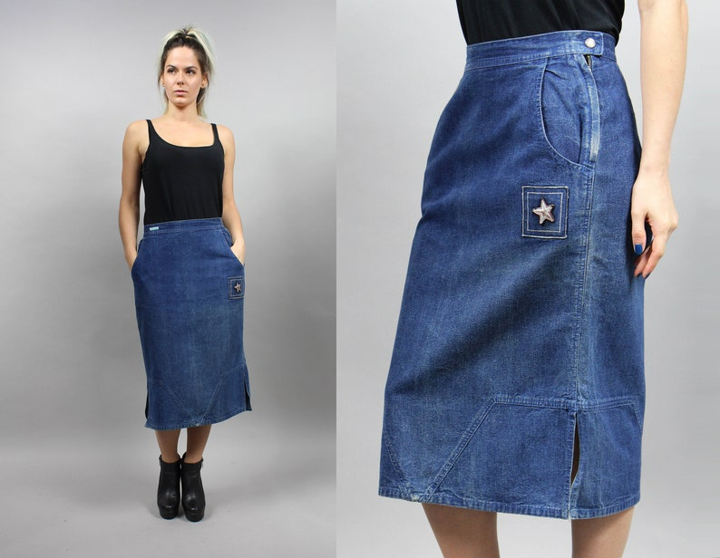 c76c57cea29 90s Star Applique Mod Midi Denim Skirt . Vintage Pencil Dark