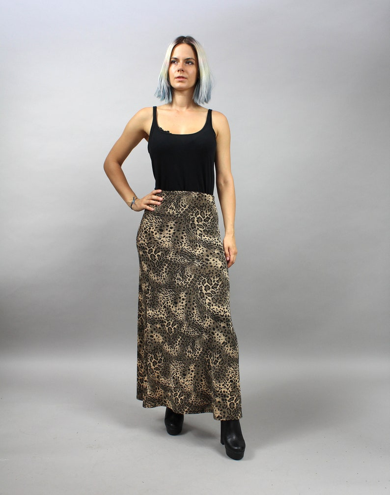 38e7e01d1bb 90s Leopard Print Grunge Maxi Skirt. Stretchy Straight Brown