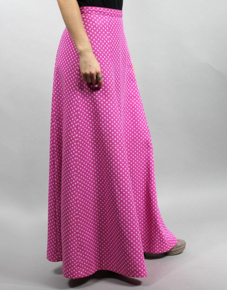Geometric Print Gypsy High Waist Flared Skirt Small S 70s Vintage Maxi Hippie Fuscia Boho Skirt
