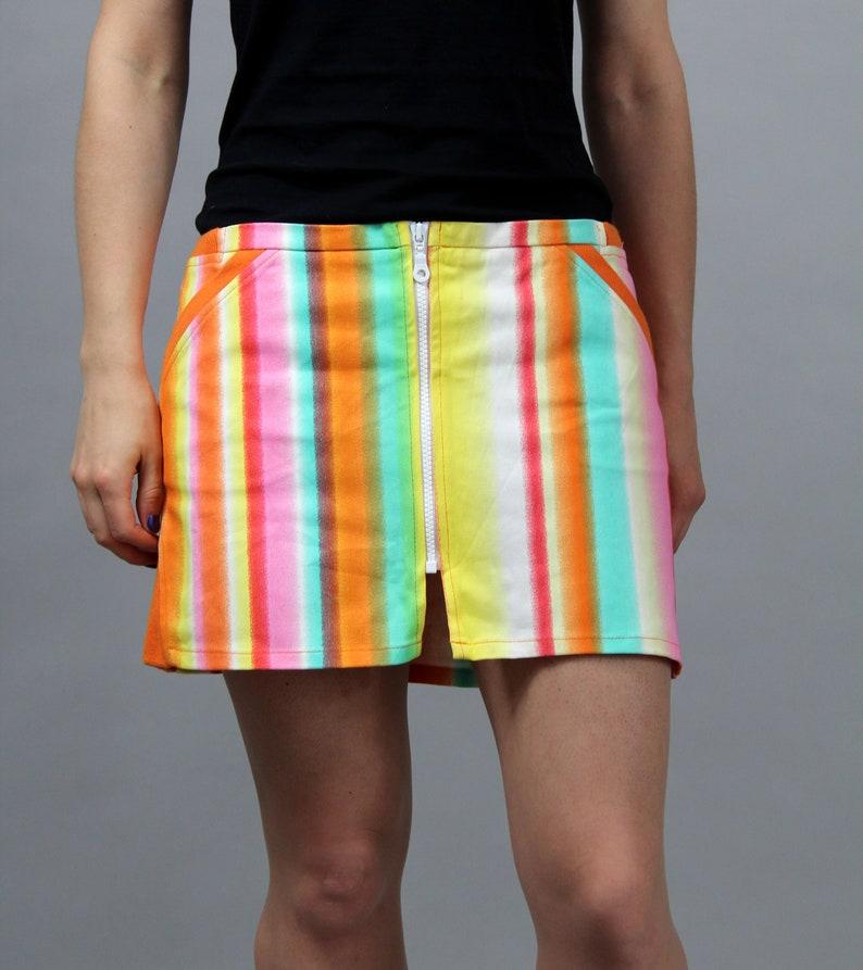 Hipster Festival Skirt 90s Hipster Preppy Punk Tennis Skirt M Vintage Rainbow Mini Skater Skirt Stretchy Front Zip Up Summer Skirt