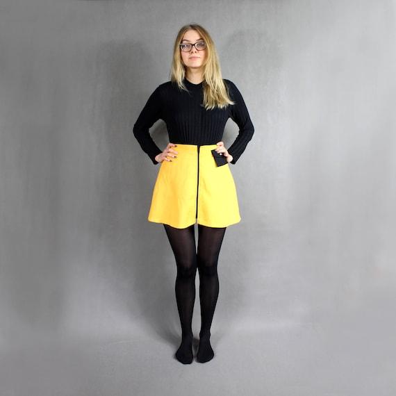 Mini skirt Knit Brown yellow retro knit skirt A-line skater Woman