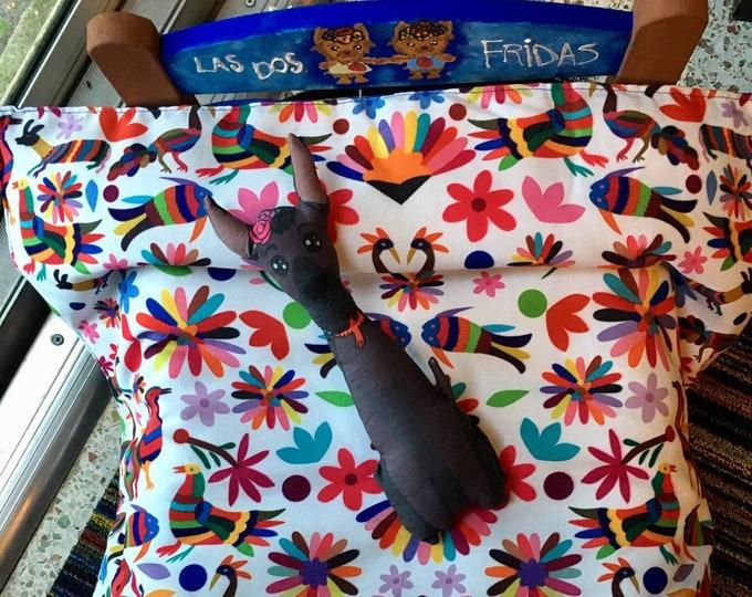 Camita estilo Mexicano para perrito/ Cama para perro con duvet / Cama de madera con diseño inspirado en Frida/ Cama para perros