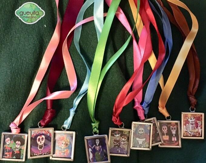 Plaquitas de esqueleto para perro/ Placas para perro/ Plaquitas decorativas para perro Folkloricas/ Accesorios para perro/Tags de calacas Mx
