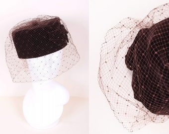 3a77fdc8c31bb Vintage 60 s Dark Chocolate Brown Velvet Pillbox Cocktail Wedding Ascot  Derby Mini Hat with Veil Size Small   Medium
