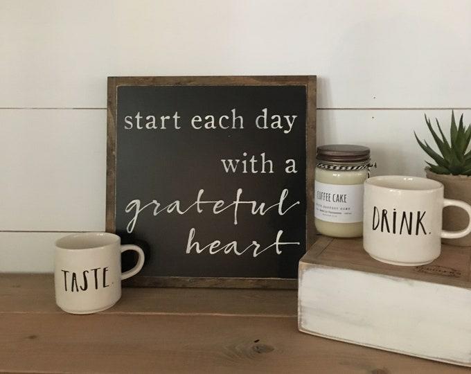 GRATEFUL HEART gift box set - Ready To Ship! | Christmas gift | wooden sign | rae dunn mugs | soy candle | farmhouse decor