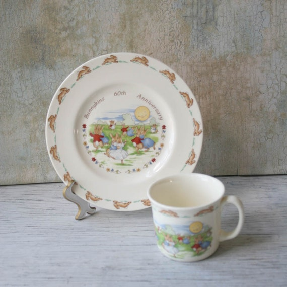 Children/'s Set Nursery Set English Vintage Royal Albert Bunnykins 60th Anniversary Set of Cup and Plate Dancing in the Moonlight