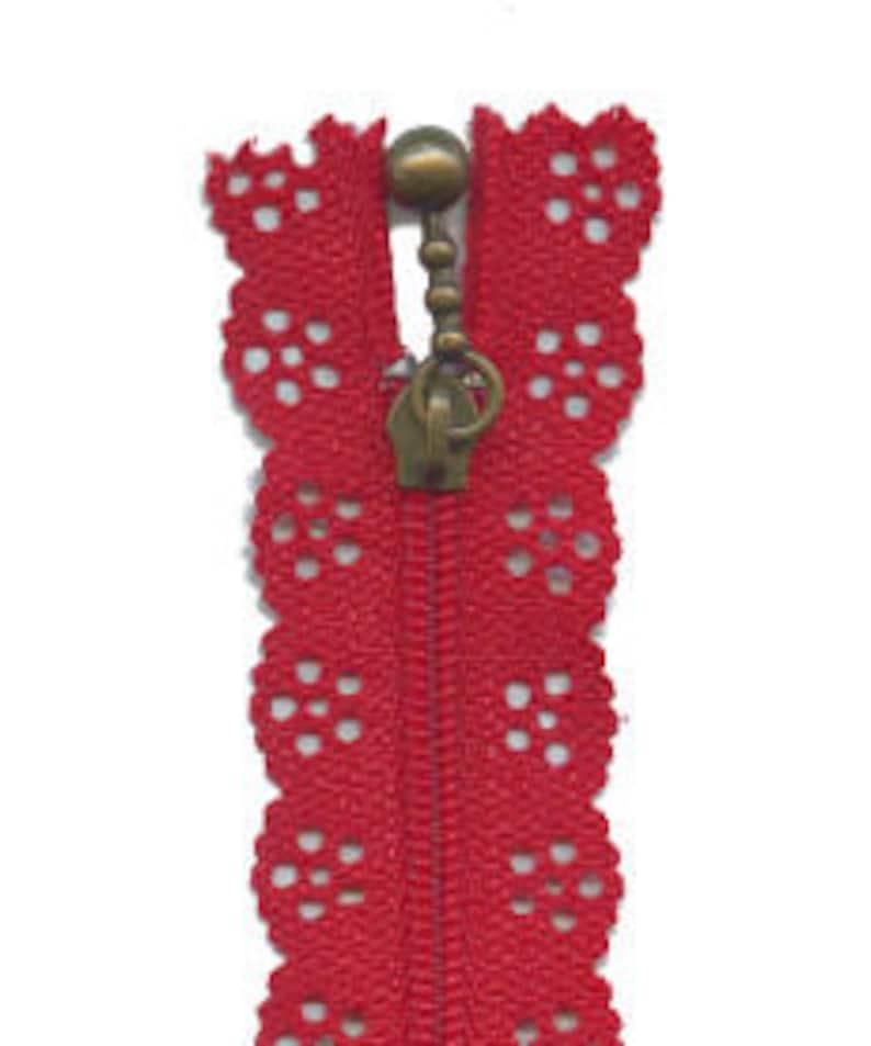 red Lace edge zipper 20cm length