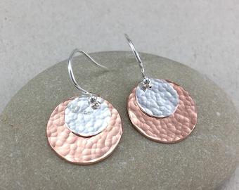 Hammered Silver and Copper Disc Earrings, Hammered Silver Earrings, Silver Dangle Earrings, Copper Earrings, Circle Earrings