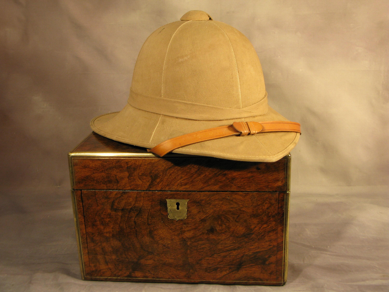 42e9ba380a8dc Edwardian Vintage British Army WW2 Issue Solar Pith Helmet