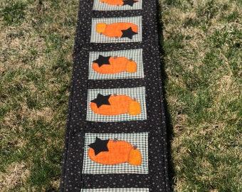 Table Runner - Raggedy Pumpkin Table Runner - #QR-27