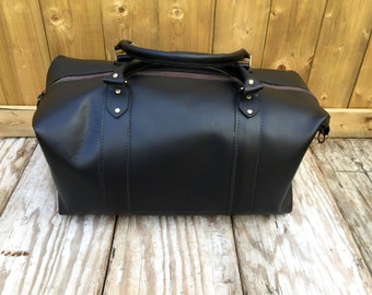 Weekender bag,carry on bag,duffle bag,black bag,leather bag,men's travel bag,women's travel bag,luggage, suitcase