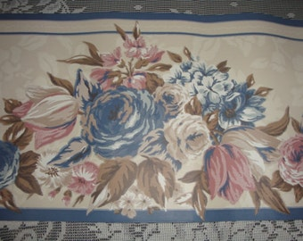 VINTAGE Wallpaper border blue trim cabbage roses Sunworthy cottage decor