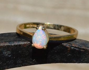 9ct Gold Teardrop Opal Ring, Australian Opal